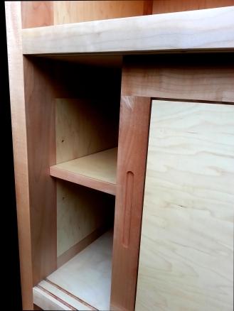 cabinet 2-13